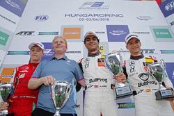 Подиум: победитель Энаам Ахмед, Hitech Bullfrog GP, второе место – Маркус Армстронг, PREMA Theodore Racing, третье место – Алекс Палоу, Hitech Bullfrog GP