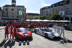 #65 Scuderia Corsa Ferrari 488 GTE: Christina Nielsen, Alessandro Balzan, Bret Curtis, #62 Scuderia
