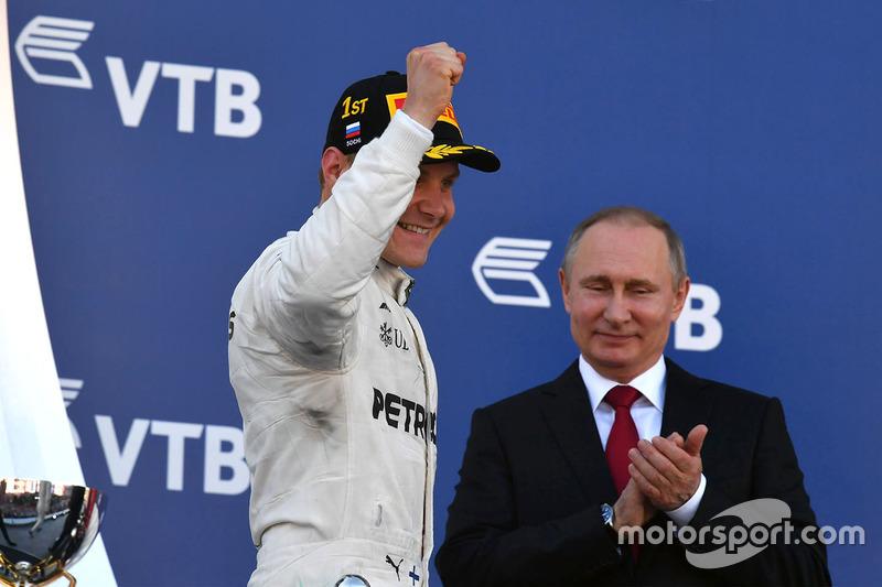 Vladimir Putin, President of Russia and race winner Valtteri Bottas, Mercedes AMG F1