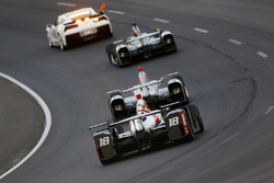 Tristan Vautier, Dale Coyne Racing Honda, derrière le pace car