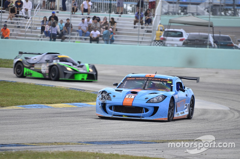 #21 MP2A Ginetta G55 driven by Elias Azevedo & Chelo La Manna of Ginetta USA, #113 MP2B KTM X-Bow of Inès Taittinger & Laura Kraihamer of ANSA Motorsports
