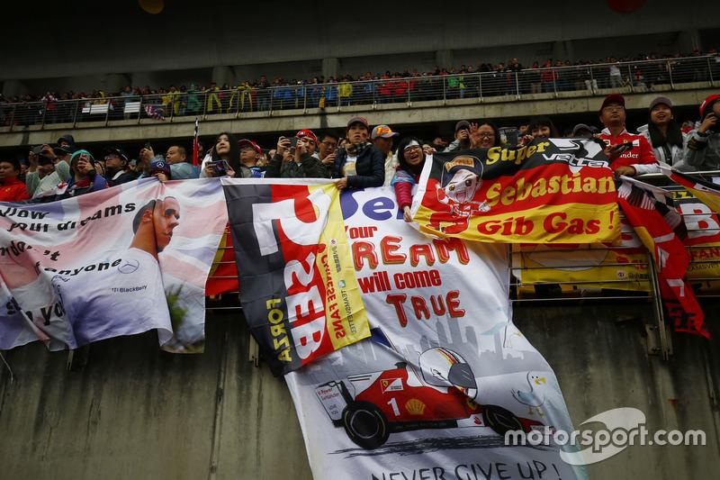 Fans of Sebastian Vettel, Ferrari, in the grandstand