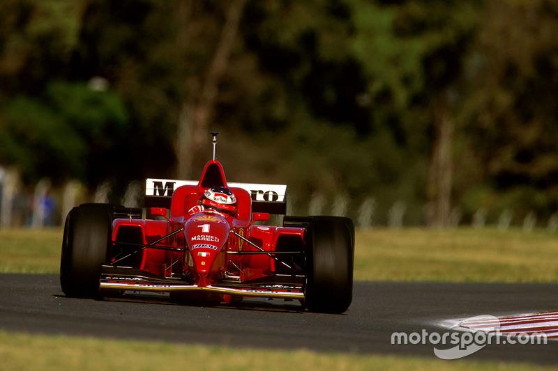 Первые шесть этапов того сезона прошли для Михаэля с переменным успехом: он трижды был на подиуме и трижды сходил с дистанции. Два раза – по вине техники, а в Монако он разбил машину на первом же круге, стартовав с поула.