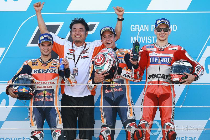Ganador, Marc Márquez, Repsol Honda Team, segundo, Dani Pedrosa, Repsol Honda Team, tercero, Jorge Lorenzo, Ducati Team