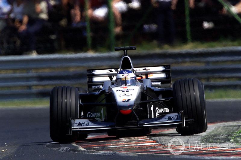McLaren MP4/15 (2000)