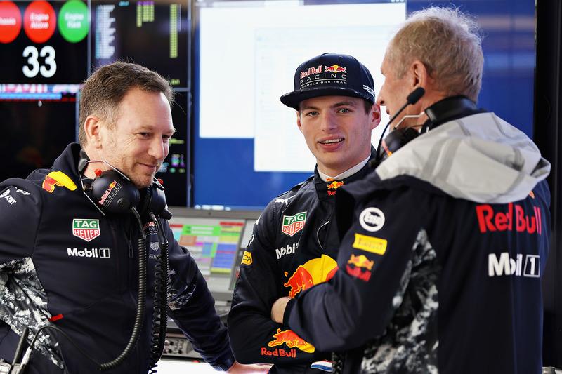 Max Verstappen, Red Bull Racing; Christian Horner, Red Bull Racing, Teamchef; Dr. Helmut Marko, Red Bull, Motorsportberater