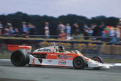 James Hunt, McLaren M26-Ford