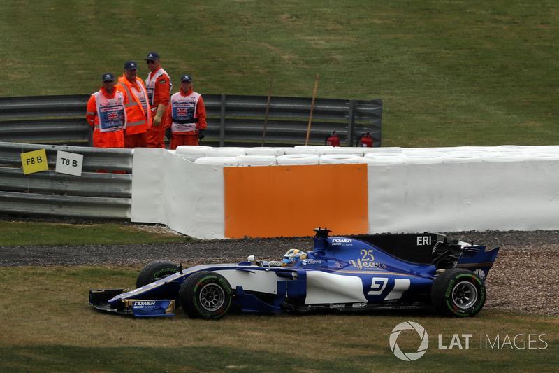 Маркус Ерікссон, Sauber C36, у гравії