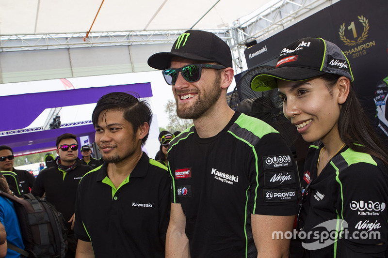 Tom Sykes, Kawasaki Racing con aficionados