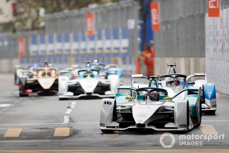 Oliver Turvey, NIO Formula E Team, NIO Sport 004 Antonio Felix da Costa, BMW I Andretti Motorsports, BMW iFE.18