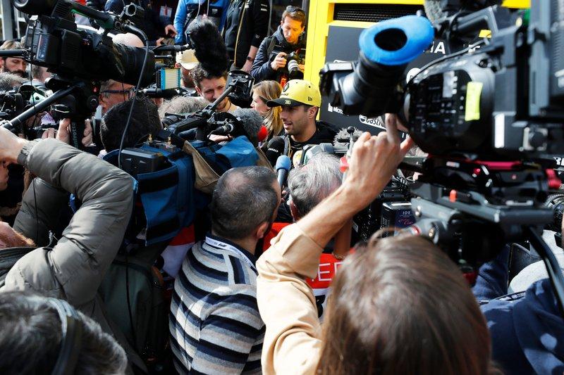 Daniel Ricciardo, Renault F1 Team tra i media