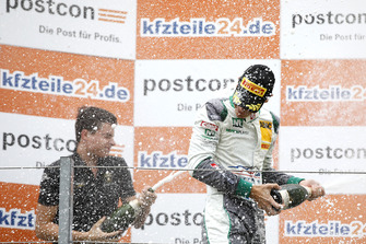 Podium: #28 Montaplast by Land-Motorsport Audi R8 LMS: Sheldon van der Linde