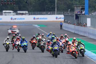 Départ : Marc Marquez, Repsol Honda Team, Valentino Rossi, Yamaha Factory Racing