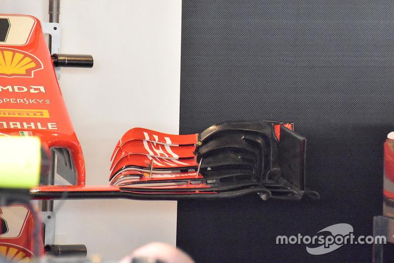 Vue détaillée de l'aileron avant de la Ferrari SF71H