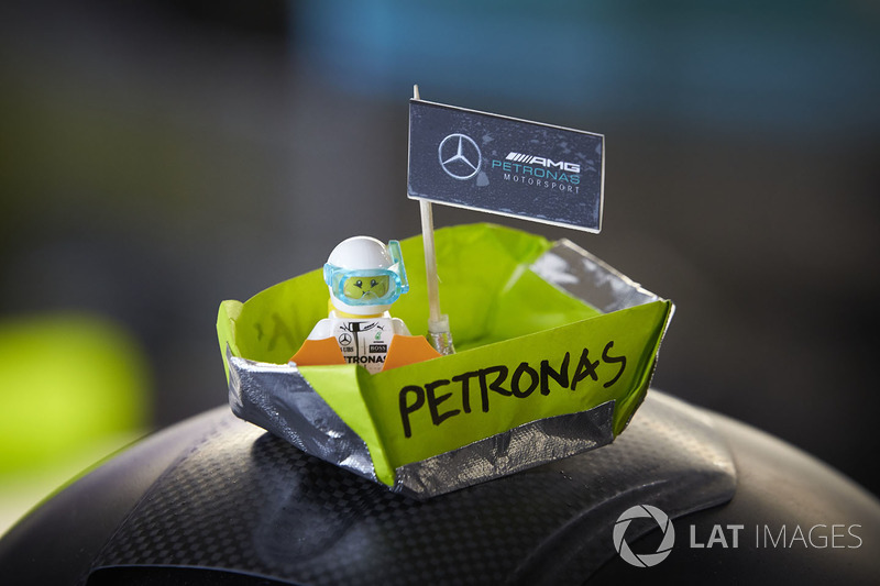 Mercedes AMG F1 boat