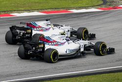 Felipe Massa, Williams FW40, passe Lance Stroll, Williams FW40