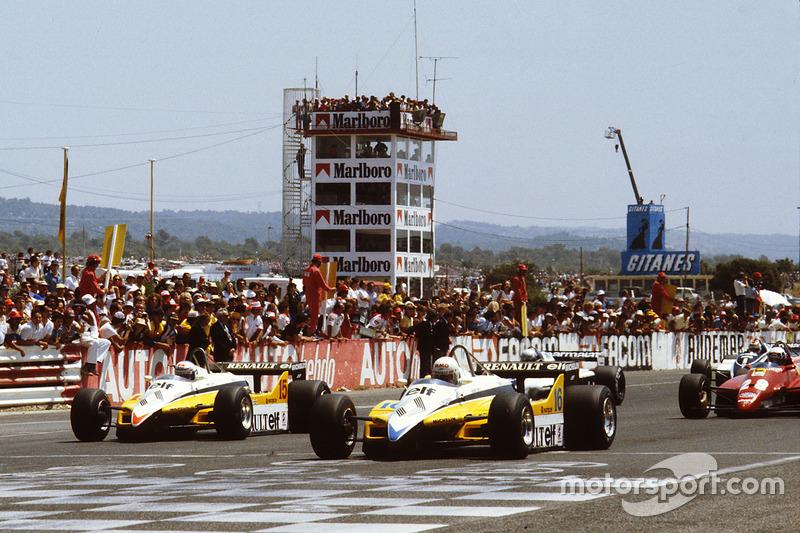 Старт: Рене Арну, Ален Прост, Renault RE30B lead