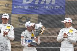 Podium: Sieger Lucas Auer, Mercedes-AMG Team HWA, Mercedes-AMG C63 DTM, 2. Paul Di Resta, Mercedes-A