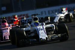 Фелипе Масса, Williams FW40, и Эстебан Окон, Force India VJM10