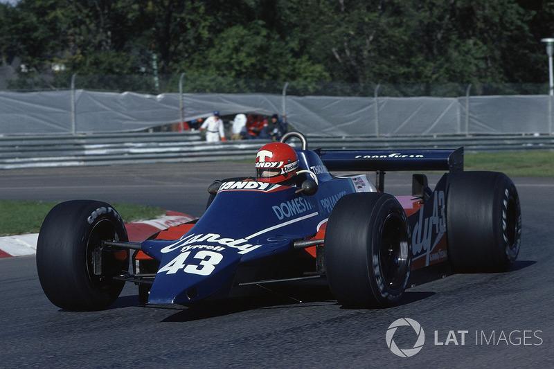 5. Mike Thackwell: 19 años y 182 días en el GP de Canadá 1980