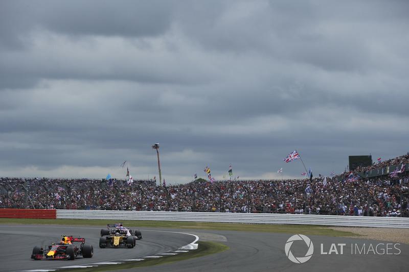Макс Ферстаппен, Red Bull Racing RB13, Ніко Хюлькенберг, Renault Sport F1 Team RS17