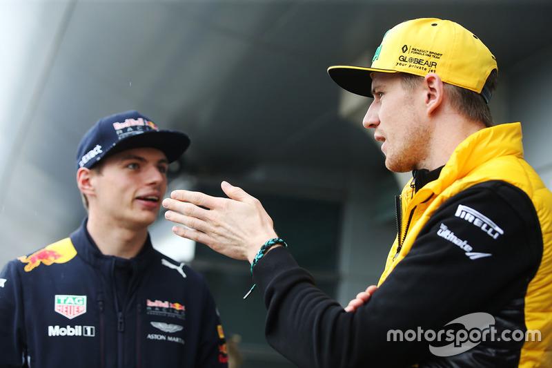 Max Verstappen, Red Bull, Nico Hulkenberg, Renault Sport F1 Team