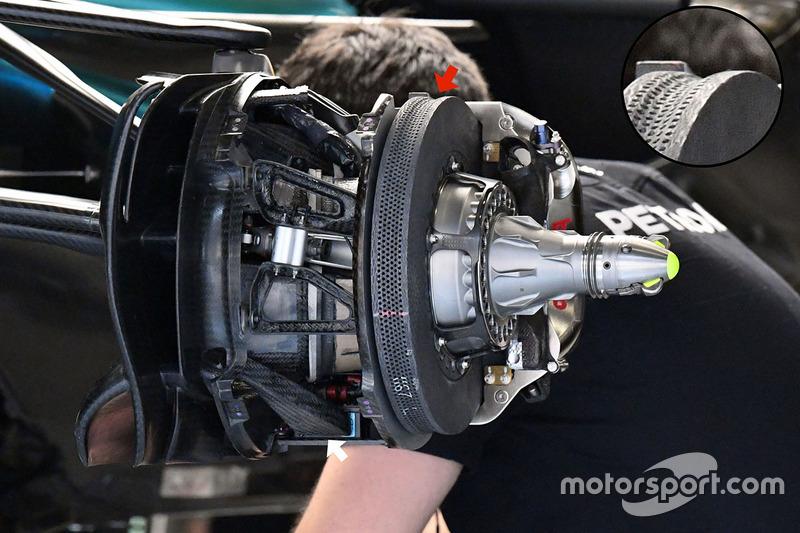 Mercedes W08 front brake and wheel hub detail