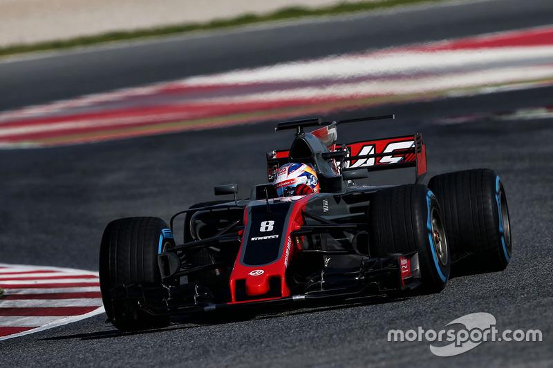 11º Romain Grosjean, Haas F1 Team VF-17, 1:22.118, superblandos (143 vueltas)