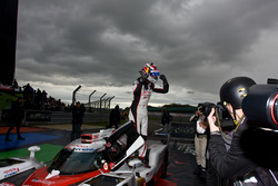 Sébastien Buemi, Toyota Gazoo Racing dans le Parc Fermé
