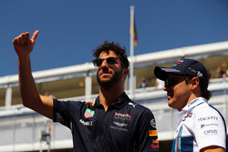 Фелипе Масса, Williams, и Даниэль Риккардо, Red Bull Racing