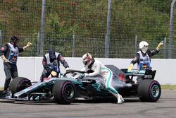 Остановка на трассе: Льюис Хэмилтон, Mercedes AMG F1 W09