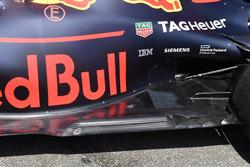 Red Bull Racing RB14, dettaglio posteriore del fondo