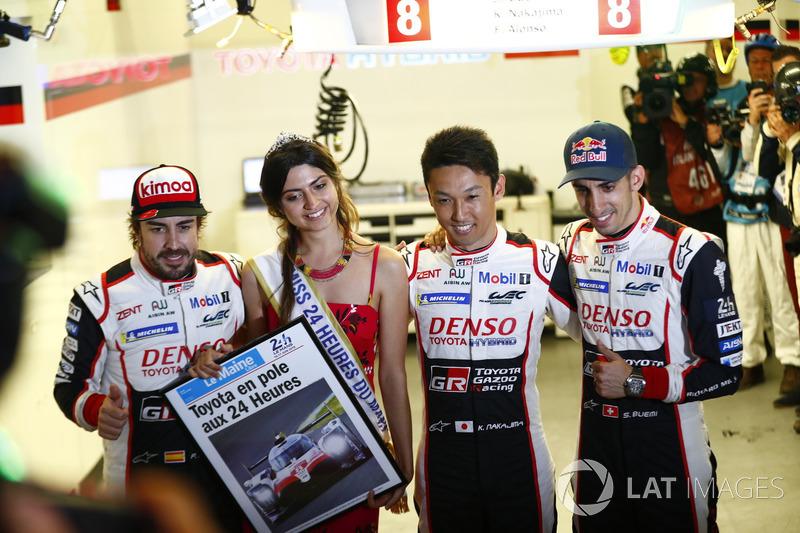 Pole pozisyonu #8 Toyota Gazoo Racing Toyota TS050: Sébastien Buemi, Kazuki Nakajima, Fernando Alonso