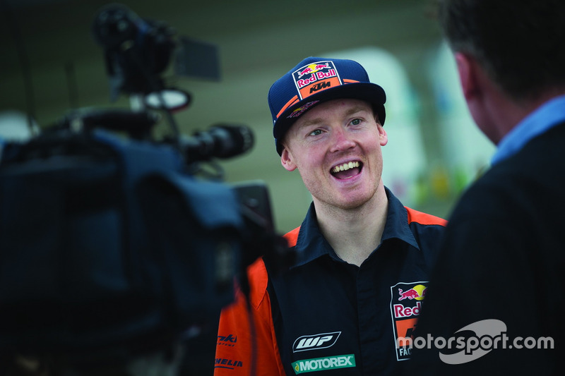 "<img src=""http://cdn-1.motorsport.com/static/custom/car-thumbs/MOTOGP_2018/NUMBERS/smith.png"" width=""50"" />Bradley Smith (Red Bull KTM Factory Racing)"