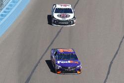 Denny Hamlin, Joe Gibbs Racing, Toyota Camry FedEx Freight, Kevin Harvick, Stewart-Haas Racing, Ford