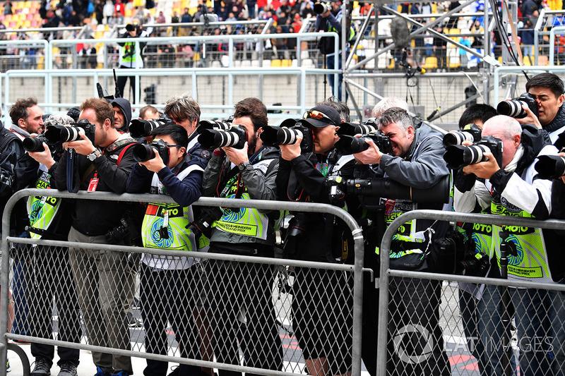 Photographers shoot parc ferme