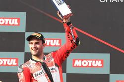 Podium : Xavi Fores, Barni Racing Team