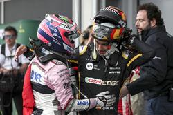 3. Sergio Perez, Force India ve Carlos Sainz Jr., Renault Sport F1 Team, parc ferme