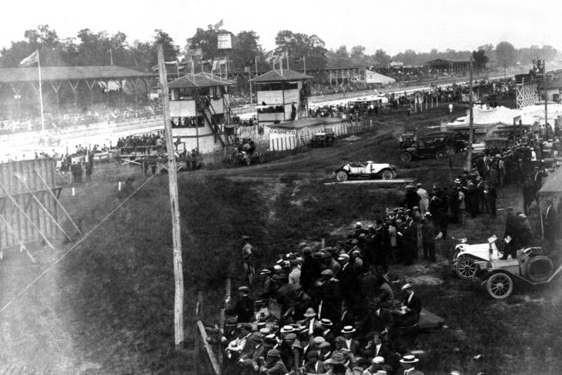 1911: Blick in das historische Infield