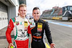 Mick Schumacher, Prema Powerteam, y Joseph Mawson, Van Amersfoort Racing