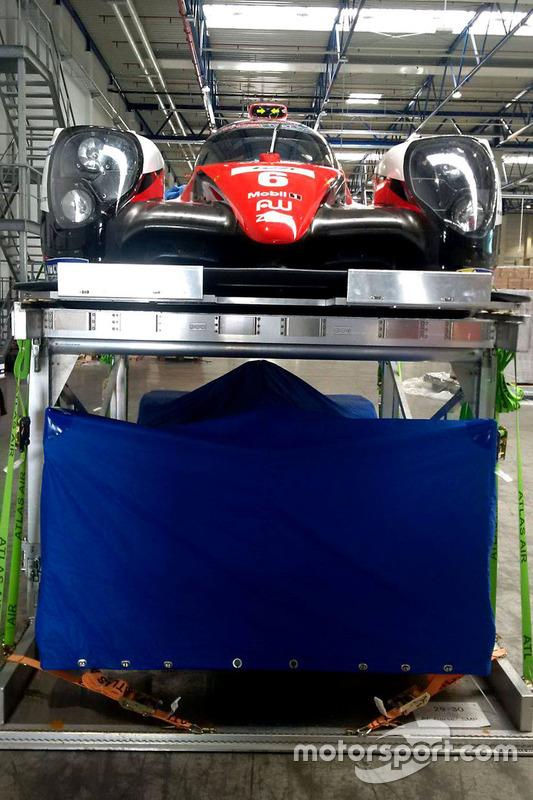Toyota Racing Toyota TS050 Hybrid ist bereit für den Flug