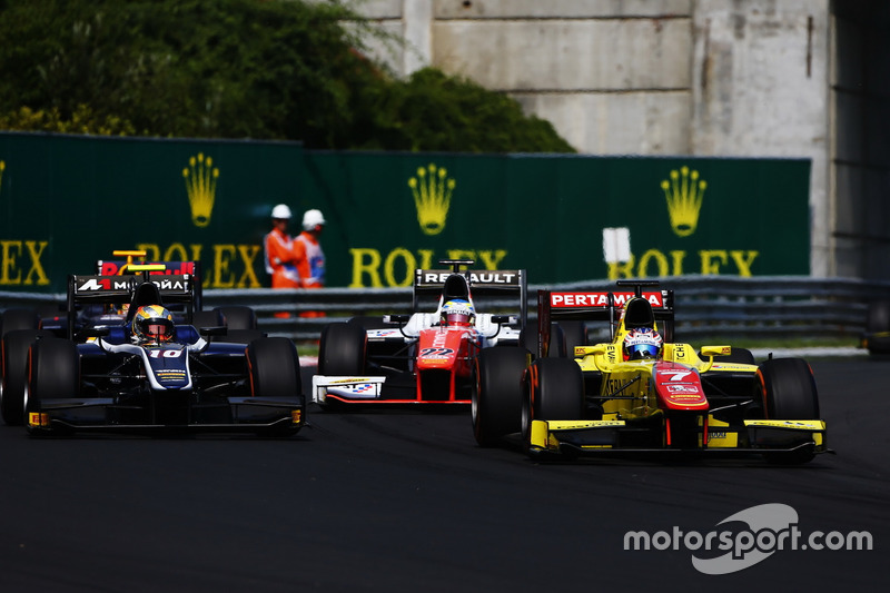 Mitch Evans, Pertamina Campos Racing; Artem Markelov, RUSSIAN TIME; Oliver Rowland, MP Motorsport
