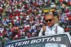Valtteri Bottas, Williams on the drivers parade