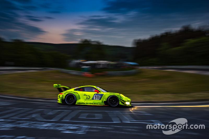Manthey Racing Porsche 911 GT3 R: Kevin Estre, Romain Dumas, Laurens Vanthoor, Earl Bamber