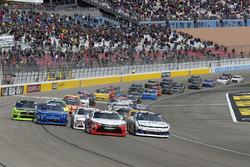 Kyle Larson, Chip Ganassi Racing, Chevrolet Camaro DC Solar and Christopher Bell, Joe Gibbs Racing, Toyota Camry Rheem-Smurfit Kappa