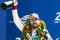 Подіум: Фернандо Алонсо, Toyota Gazoo Racing