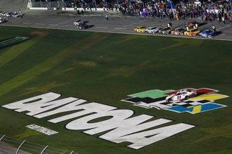 Denny Hamlin, Joe Gibbs Racing, Toyota Camry FedEx Express, celebration, burnout