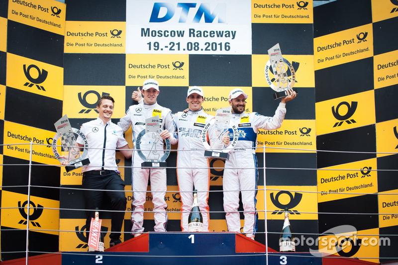 Podio: il vincitore della gara Robert Wickens, Mercedes-AMG Team HWA, Mercedes-AMG C63 DTM; il secondo classificato Paul Di Resta, Mercedes-AMG Team HWA, Mercedes-AMG C63 DTM; il terzo classificato Gary Paffett, Mercedes-AMG Team ART, Mercedes-AMG C63 DTM