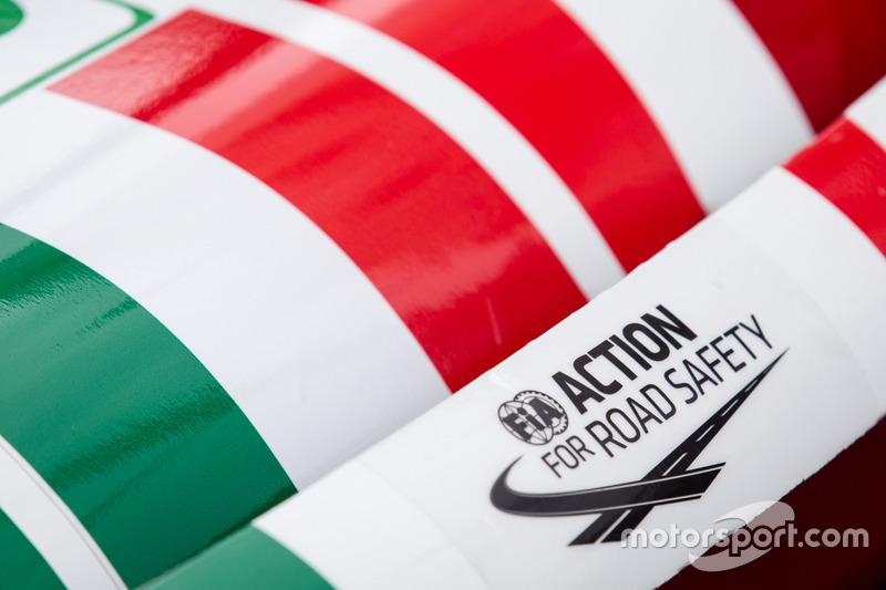 Acción de FIA para la seguridad vial en el #51 AF Corse Ferrari 488 GTE