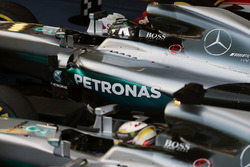Ganador Nico Rosberg, de Mercedes AMG F1 Team, segundo lugar Lewis Hamilton, Mercedes AMG F1 Team en